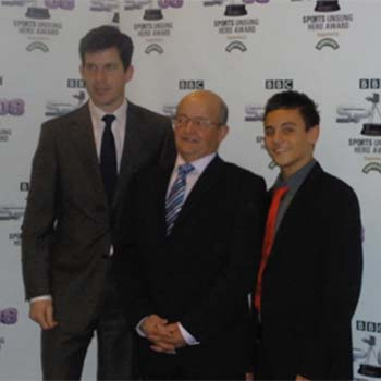 Mike pictured alongside Tim Henman and Tom Daley