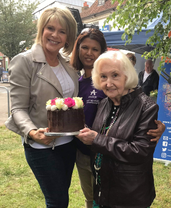 TV presenter Ruth Langford with Glendale Manager and resident