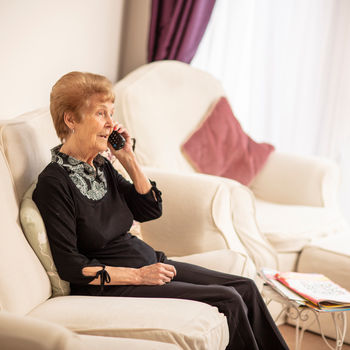 Person talking on the telephone