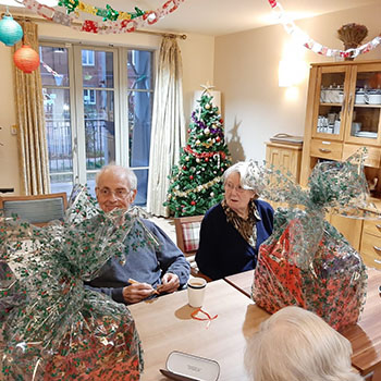 Orchard gardens hamper with resident