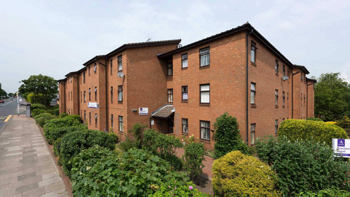 Brackenhall Court