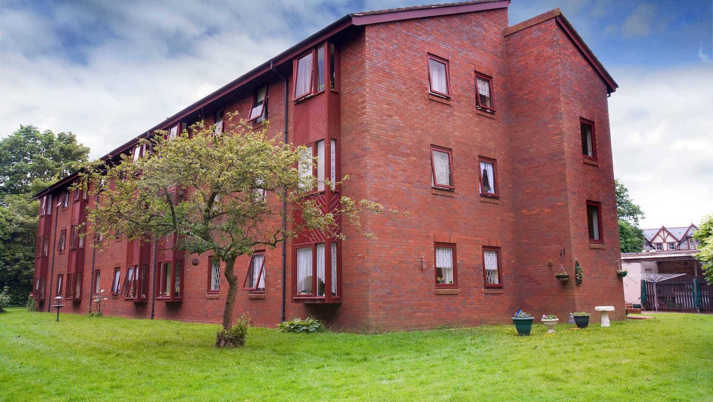 Barnfield Court