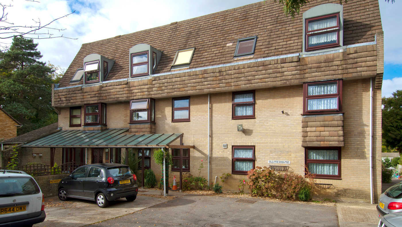 Fernside Court