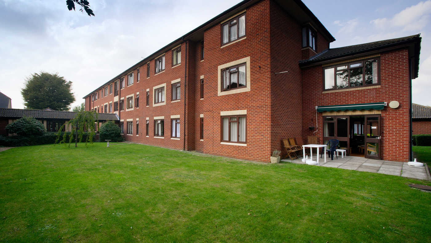 Broad Leas Court