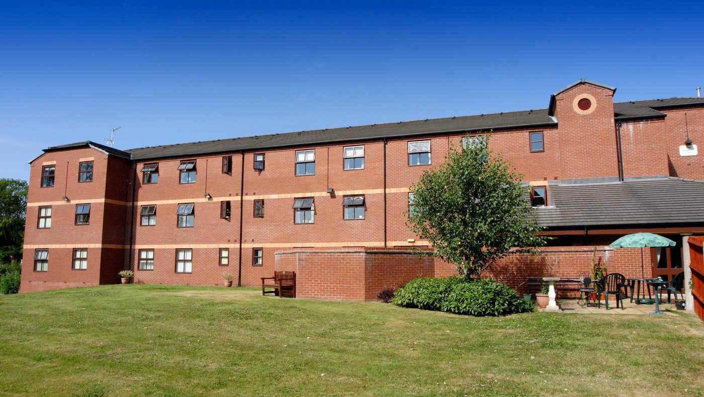 Pembroke Court