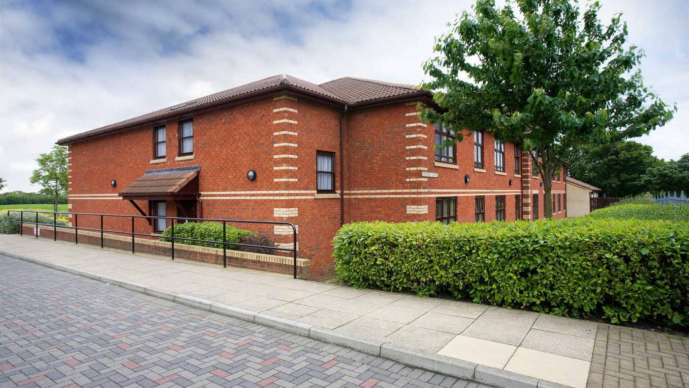 Lincrest Court