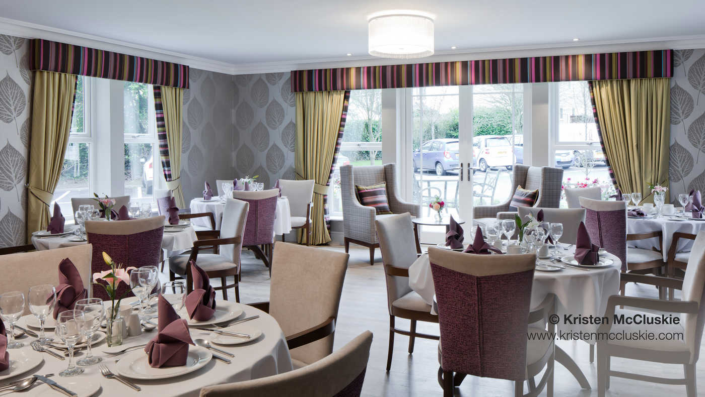 Oulton Manor, Leeds - Dining