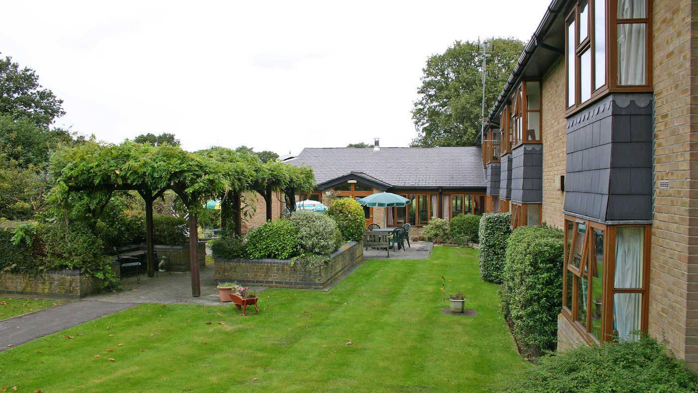 Dawson Lodge