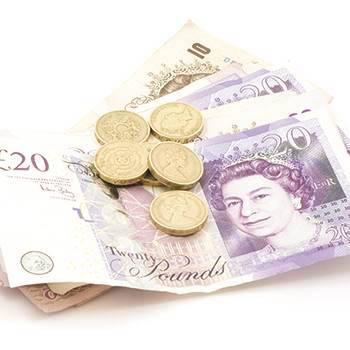 Paying-energy-bills-b